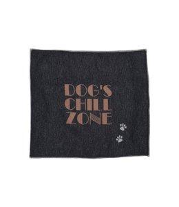 David Fussenegger - Hundedecke Dogs's Chillzone gefüttert