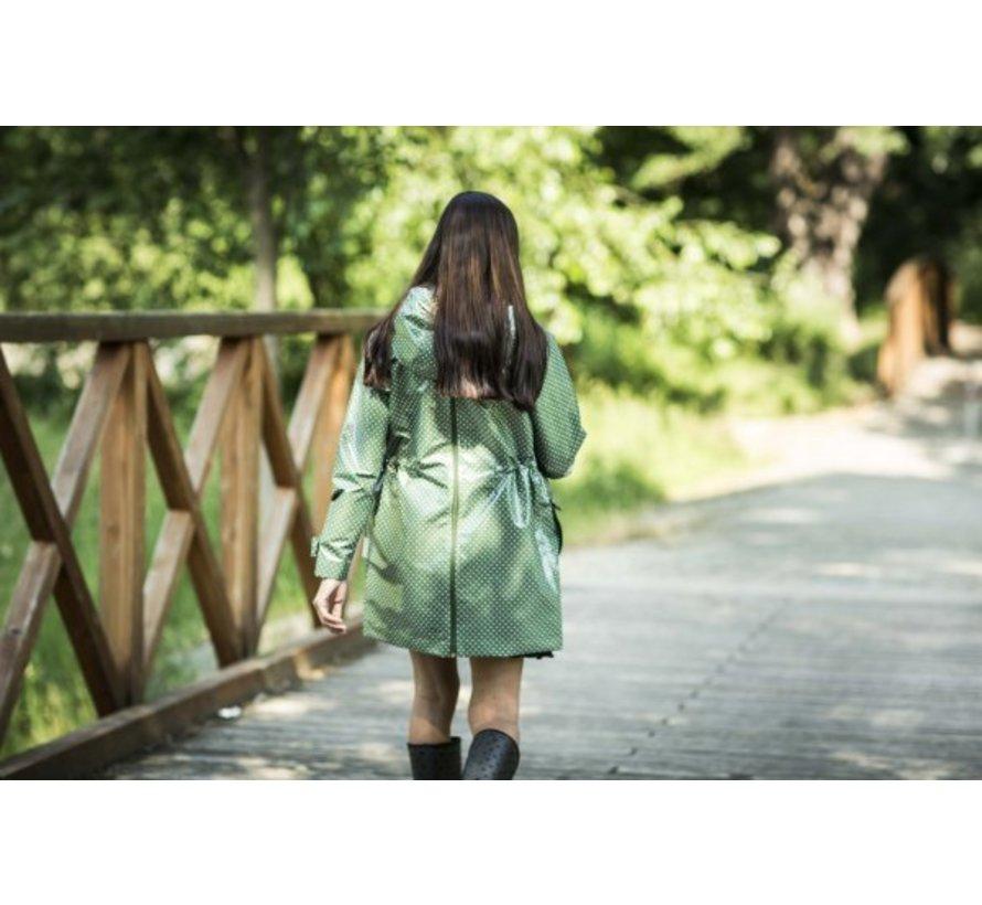 Angel Wings Polka dot raincoat green for usage during babywearing.
