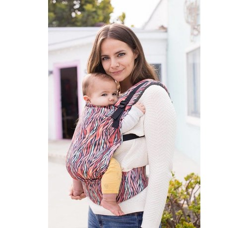 Tula Tula Free to Grow Storytail babycarrier.