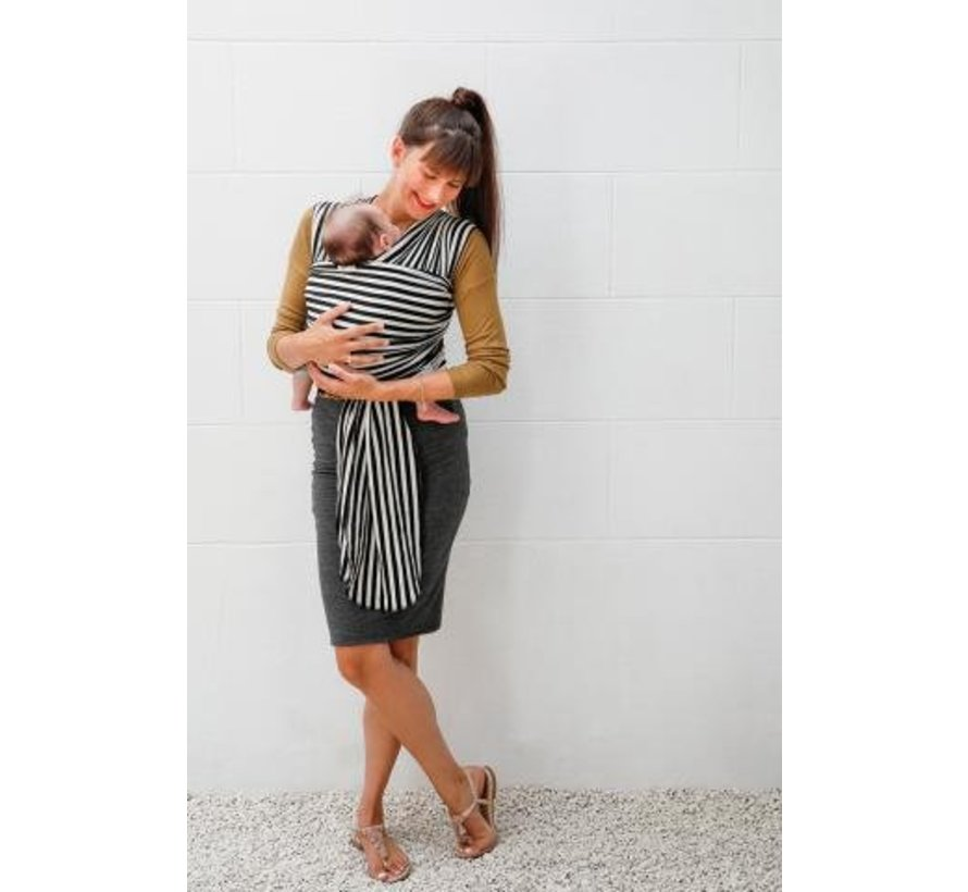 Babylonia tricot slen design black white stripes