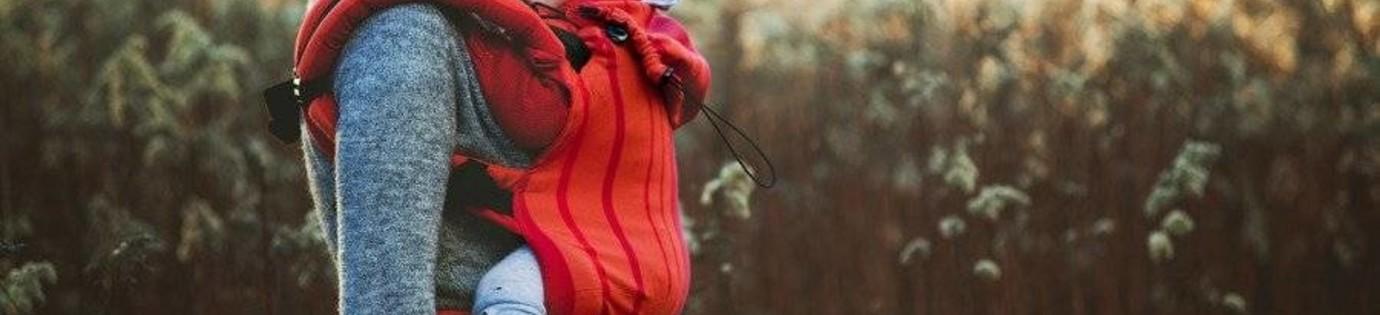Waarom de Little Frog draagzak direct te gebruiken is na de geboorte en meegroeit.