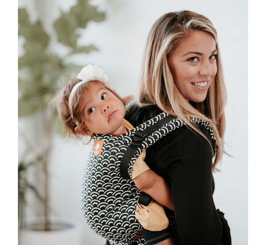 Tula Free to Grow Tempo babycarrier.