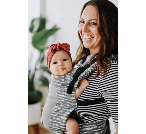 Tula Tula Free to Grow Coast Beyond babycarrier.