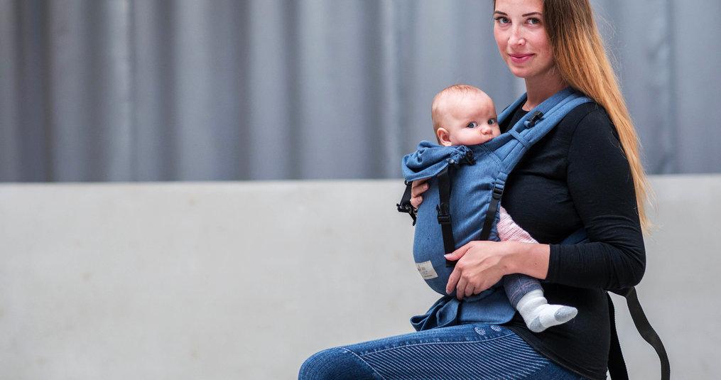 """Ervaringen met """"Babywearing"""": Trendy opvoedingsmiddelen of een ontwikkelingsgericht opvoedingshulpmiddel?"""