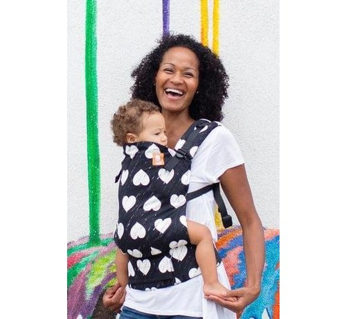 Tula Tula Wild Hearts, carrier with hearts allover print.