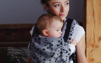 The perfectly adjustable and soft baby carrier