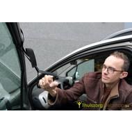 Uitstaphulp voor de auto