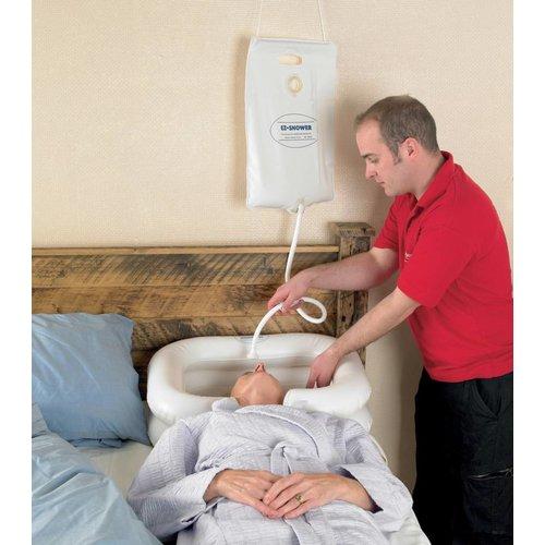 Waterreservoir voor haarwasbekken in bed