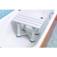 Siège de bain Nuvo™ avec assise lattée