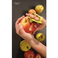 Webequ® peeler with finger fixation