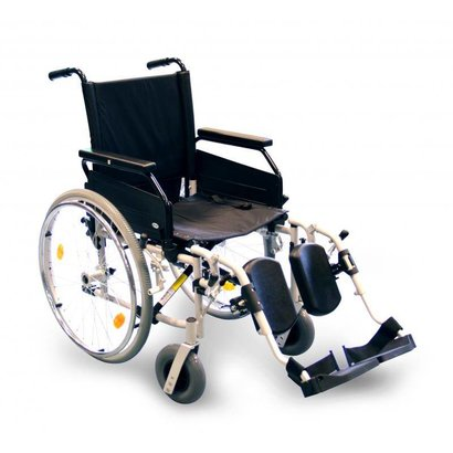 Foldable wheelchair with leg rest - Rotec