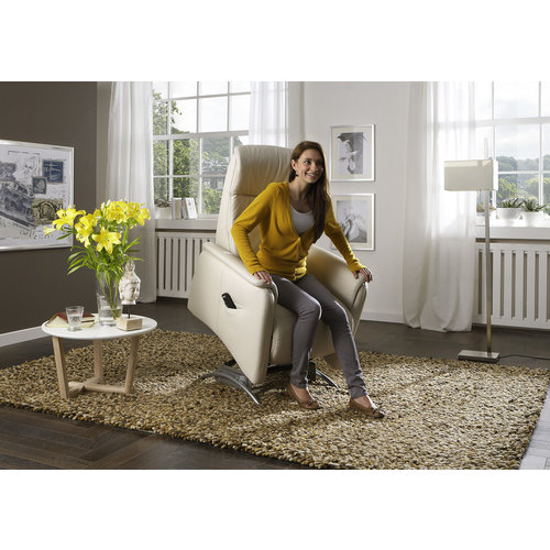 Ergolux by Ergodôme: relax seat with 3 motors and standing aid