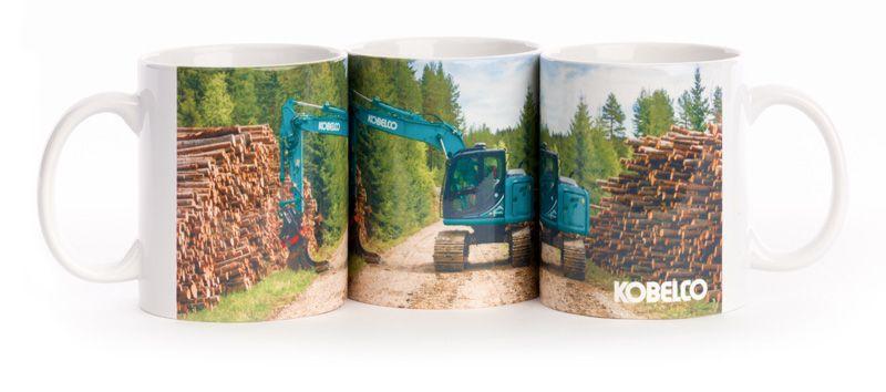 Tazza da caffè Kobelco con escavatore