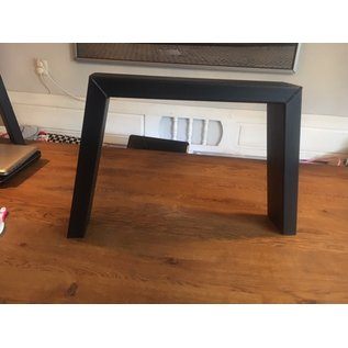 Schuine stalen poot salontafel 10 x 4 cm