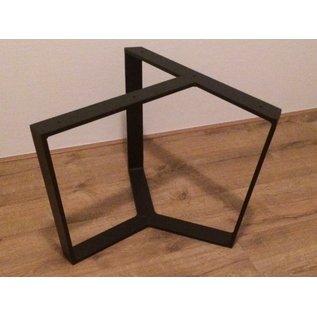Driepoot 5 x 1 cm salontafel