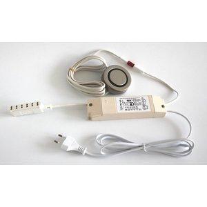 QLT Set trafo PTS 60s 20-60watt+druk pulse schakelaar en 6 voudig mini AMP verdeler
