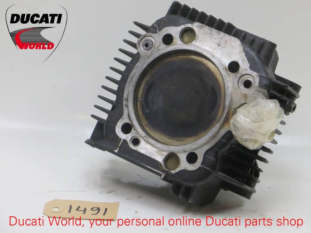 Ducati Ducati Horizontal Piston Cilinder ST2