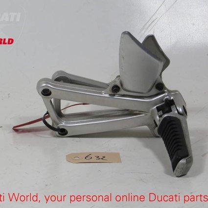 Ducati Ducati LH & RH passenger Footpegs for ST4