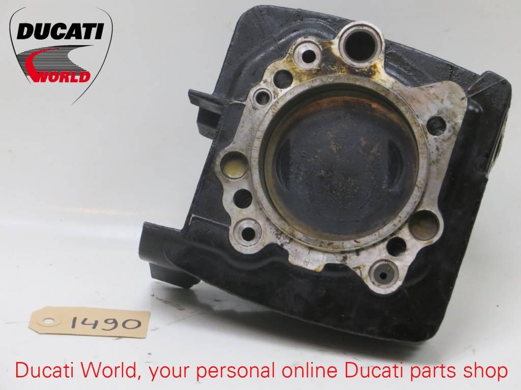 Ducati Ducati Vertical Piston Cilinder ST2