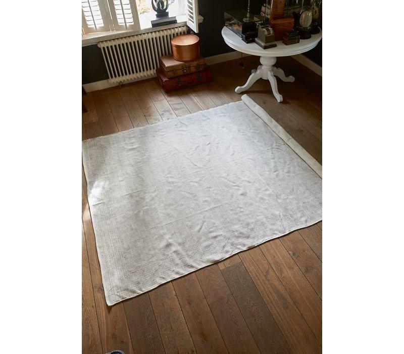 Clavel Carpet 200x300