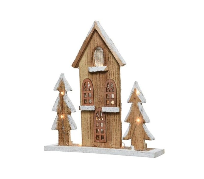 LED wooden house with trees in pinewood with snow finish - 10 lights (timer)