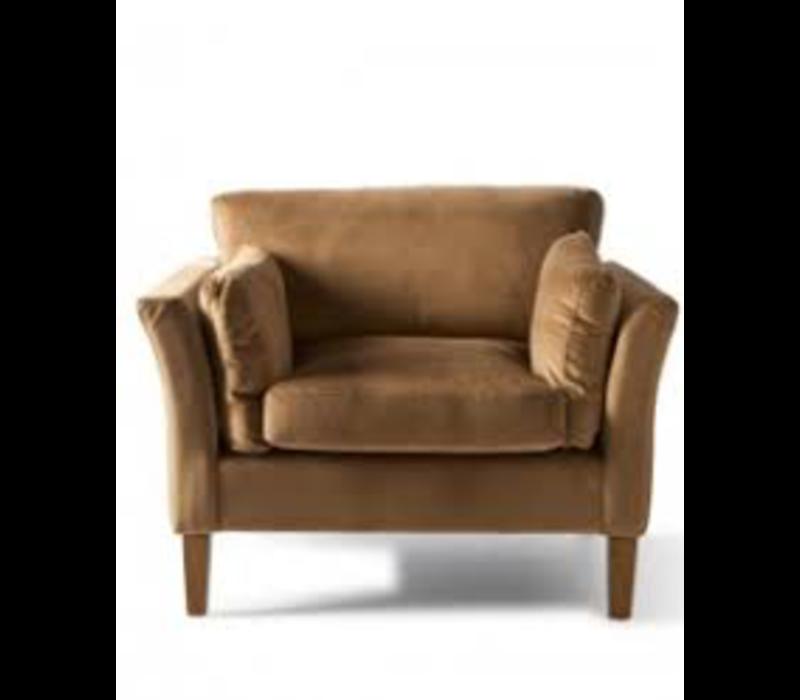 Forsyth Love Seat Velvet Caramel