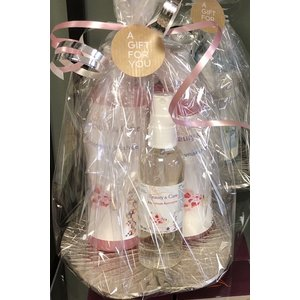 Shower and Fragrance Package Deluxe Rose Musk