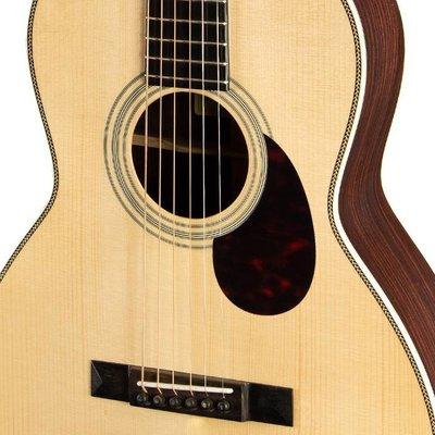 Eastman E20 OO Akoestische gitaar Grand Concert Natural +Case