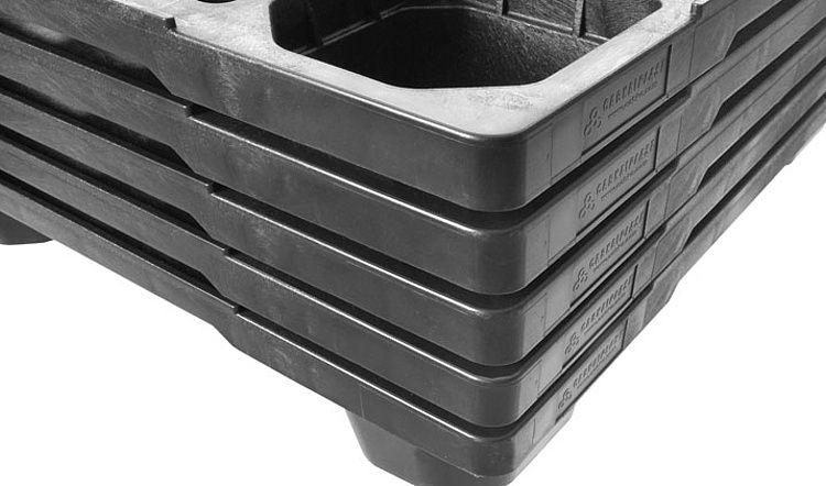 Nestbare kunststof pallet 1200x1000x140, open dek, 9 poten