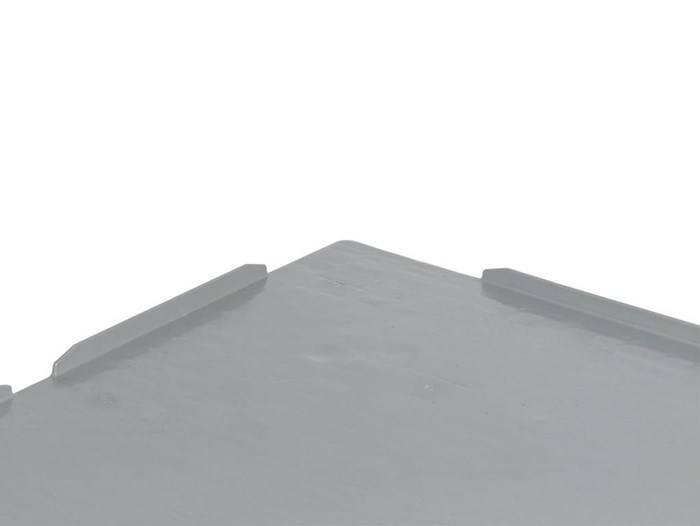 Kunststoff Industrie-Palette 1200x1000x160 mit 3 Kufen, Geschlossen