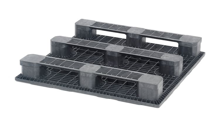 Plastic Industrial Pallet 1200x1200x165 mm 3 Runners , closed deck