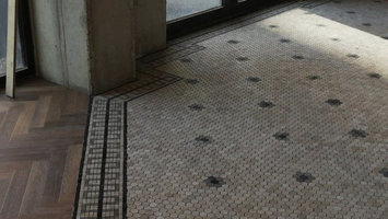 Natuursteen Tegels: Eigenschappen van een natuursteen vloer