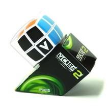 V-Cube 2x2
