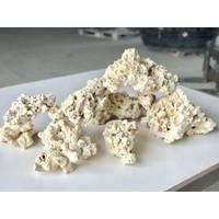 Marcorocks/normal shape natural rock per kg.
