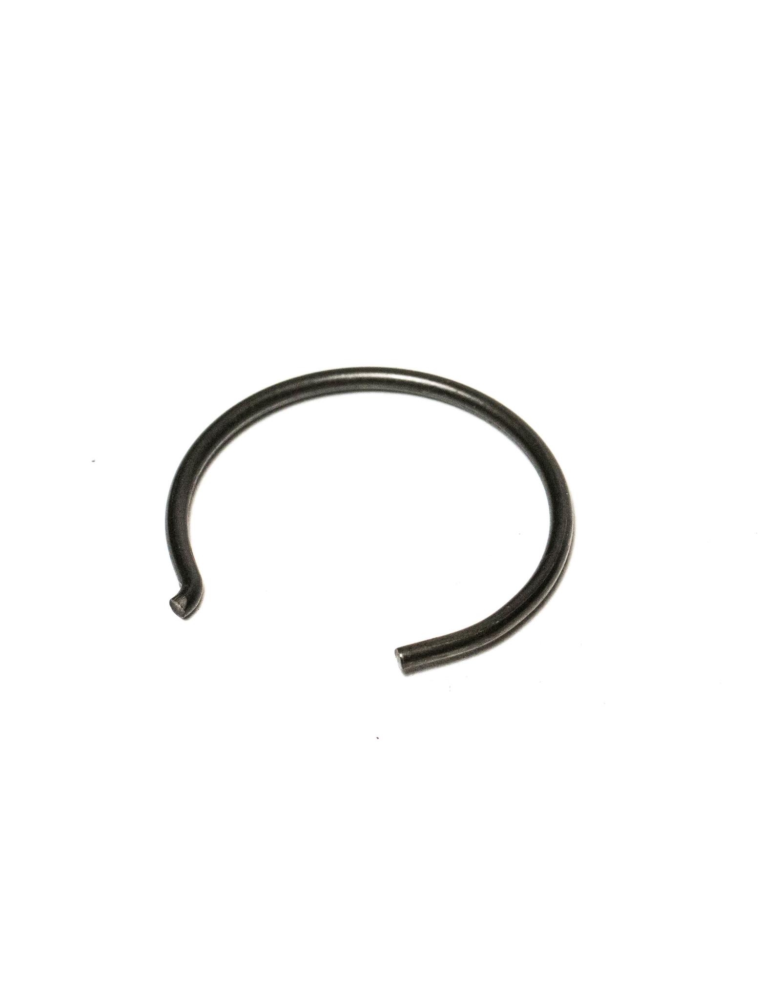 V990 Gudgeon Pin/Circlip AP0245436