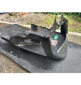 Aprilia Gen 1 tuono  carbon  short belly pan