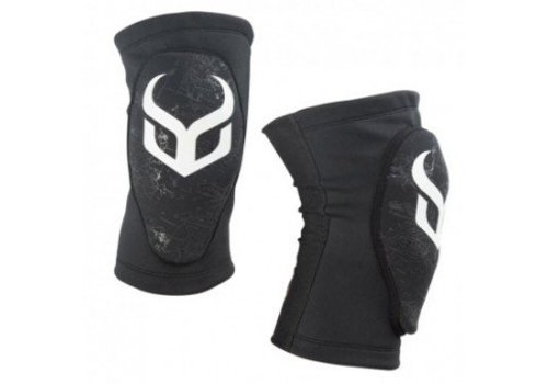 DEMON Demon Knee Guard Soft Cap Pro Jr