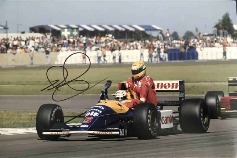 Foto Nigel Mansell Taxi voor Senna met handtekening Mansell