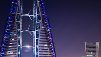 Roze podium in Bahrein: eerste overwinning voor Sergio Pérez