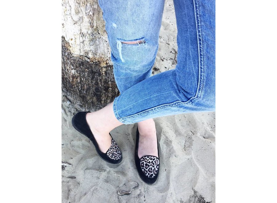 Black loafers metta with leopard print