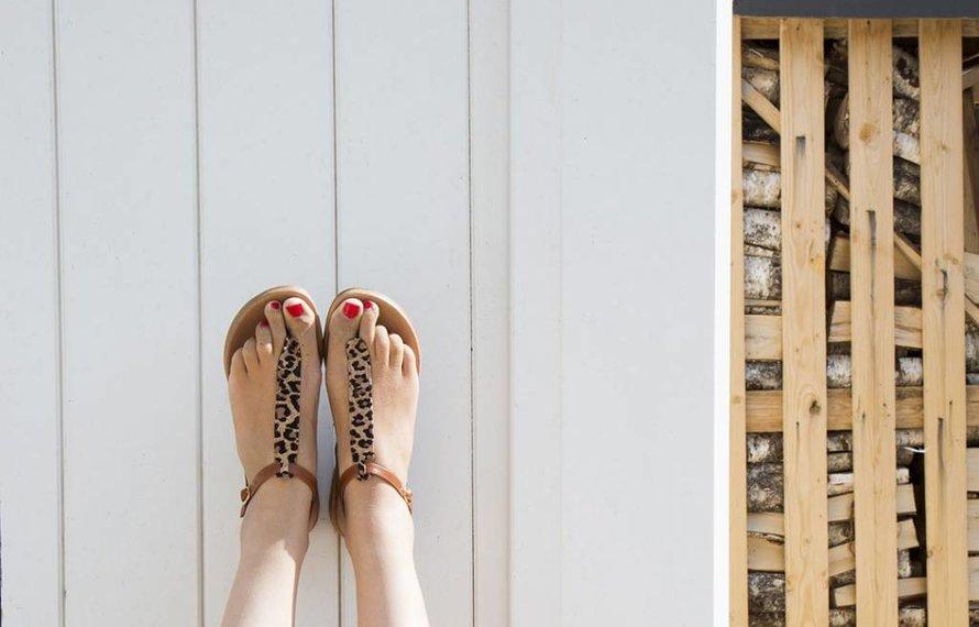 Is lompigheid een gevolg van lang zijn en grote voeten hebben?