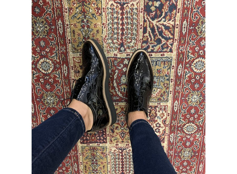 Low shoes Ingeborg - patent leather