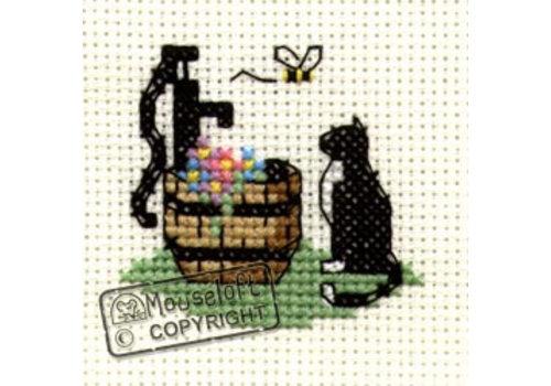 Mouseloft Borduurpakket Cat at Waterpump - Mouseloft