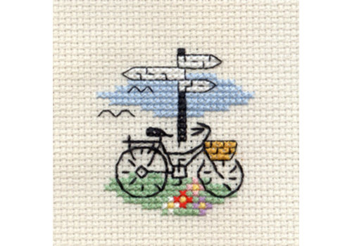 Mouseloft Borduurpakket Bicycle and Signpost - Mouseloft