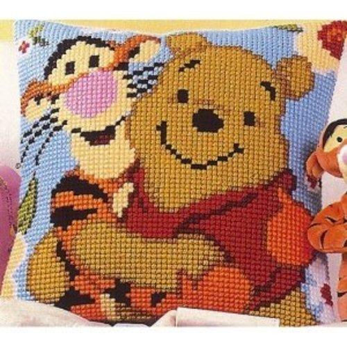 Vervaco Kruissteekkussen kit Disney Winnie en Teigetje