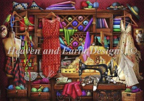 Heaven and Earth Designs  Ciro Marchetti: Mini Ye Olde Craft Room