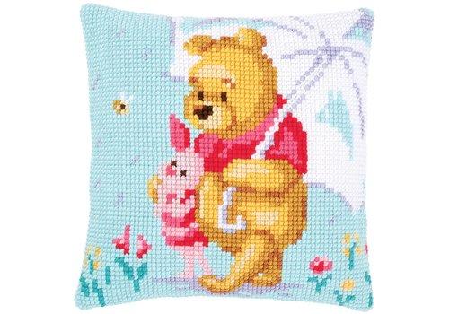 Vervaco Borduurkussen Winnie de Pooh met parasol