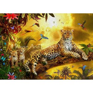 Heaven and Earth Designs  Jan Patrik Krasny: Leopard with Cubs