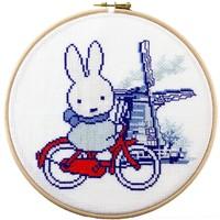 Borduurpakket Nijntje: Holland op de fiets