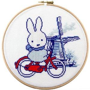 Pako Borduurpakket Nijntje: Holland op de fiets